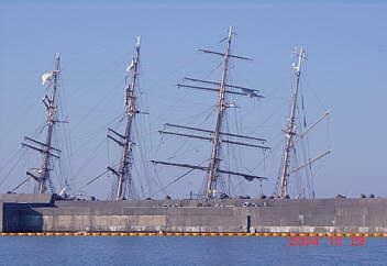 新海王丸 富山港埠頭 2004.10.29