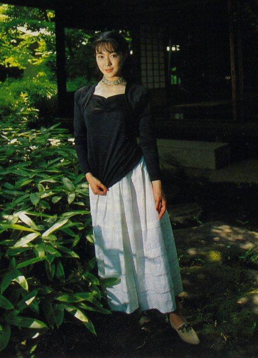 妖艶な美女の若村麻由美
